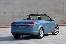 ford focus coup 233 cabriolet 2006 2010 photos parkers