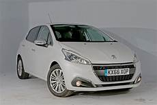 Peugeot 208 Gebraucht - used peugeot 208 review auto express
