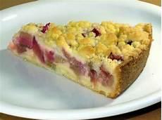 Rhabarberkuchen Mit Pudding Und Streusel - rhabarberkuchen mit streusel in 2019 rhabarberkuchen