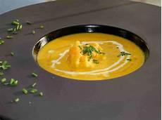 karotten ingwer suppe thermomix karotten ingwer suppe mit orangen udoschroeder ein
