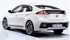 Hyundai Ioniq Hybrid Gets Better Fuel Economy Than A 2015