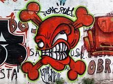 File Peligro Grafiti Jpg Wikimedia Commons