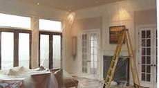 prix pose peinture prix d une peinture de plafond co 251 t moyen tarif de pose