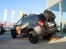 Bilder Dacia Duster Offroad Schwarz Breit Hoch