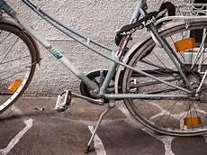fahrrad lackieren diy fahrrad lackieren diy upcycling projekt altes rad neu