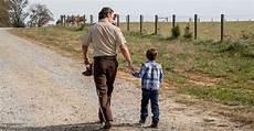 Walking Dead - here s why that one walking dead didn t appear in