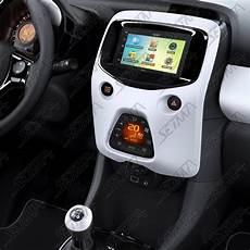 telephone bluetooth voiture peugeot support autoradio 2 din peugeot 108 citroen c1