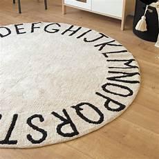 tapis rond enfant tapis abc rond en coton noir et blanc naturel lavable par canals