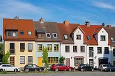 vermieter verkauft haus immobilienmakler gesucht haus verkaufen in bergheim und