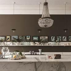should you paint your walls a dark color