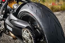 tyre test pirelli diablo rosso corsa ii world launch