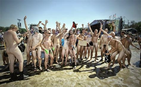 Woodstock Naked Pictures