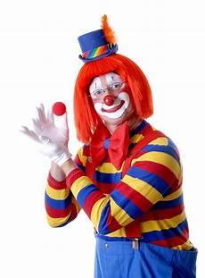 A Happy Clown Holding A 1191 X 1612 Photoshopbattles