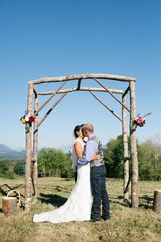 backyard wedding with do it yourself decorations rustic wedding chic