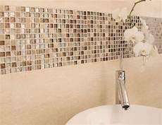 mosaik bordüre bad pin auf bad badezimmer mosaik bad mosaik und