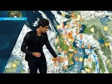 wetter in schweden eric saade presenting the weather forecast in swedish tv