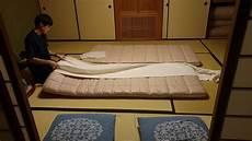 futon giapponese preparazione letto giapponese futon
