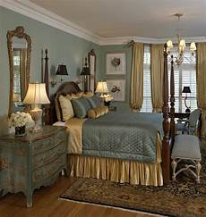 Decorating Ideas Master Bedroom by Traditional Master Bedroom Decorating Ideas 78