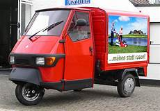 juli 2012 aus italien kommt das dreiradfahrzeug piaggio