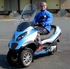 2008 piaggio mp3 250 scooter review
