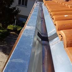 pose d un cheneau en zinc ch 233 neau zinc ltz r 233 alisations couverture zinguerie 224