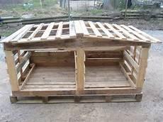 come costruire una gabbia per galline riciclare pallet come costruire un pollaio