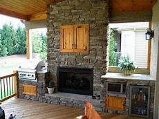 Decorating Ideas For Outdoor Kitchen by Outside Kitchen Ideas Design With Pizza Oven Http