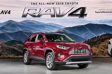 2019 toyota rav4 top speed