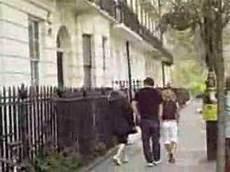 Madonna Saliendo De Su Casa En Londres