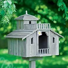Une Cabane 224 Oiseau En Bois