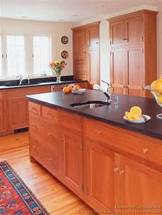 Kitchen Cabinet Color Wood Floor by Light Wood Floors And Kitchen Cabinets Paint Colors With