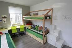 Schreibtisch Kleines Zimmer - kleines kinderzimmer einrichten 56 ideen f 252 r rauml 246 sung