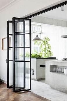 porte coulissante dans cloison les portes pliantes design en 44 photos maison design