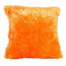 coussin orange et marron coussin fausse fourrure 40 cm peluche orange coussin