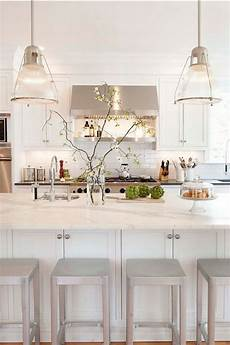 choosing the best white paint color for your kitchen