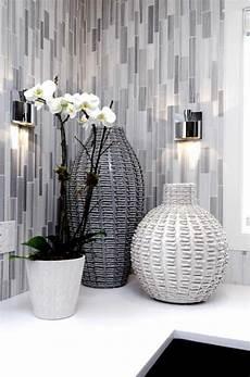 Grey Bathroom Accessories Ideas by Best 25 Grey Bathroom Decor Ideas On Half