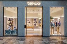 valentino shop valentino s store by david chipperfield singapore