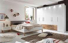 schlafzimmer weiss schlafkontor air schlafzimmer wei 223 eiche massiv m 246 bel