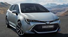 Toyota Corolla Touring Sports - new toyota corolla touring sports is a stretched wagon