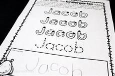 handwriting worksheets names preschool 21504 the best free handwriting font for kindergarten kindergartenworks