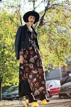 vestito con fiori autunnale con vestito lungo a fiori firmato nuna lie