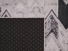 teppich hellrosa teppich schwarz hellrosa 80 x 150 cm orientalisches muster