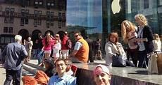 Iphone 5s Warteschlange Vor Apple Store New York