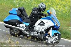 Essai Moto Honda Goldwing Gl 1800 2012