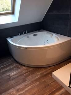 baignoire transformée en transformez votre salle de bains en un cocon de bien 234 tre
