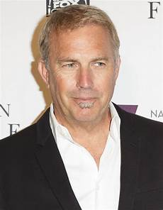 photo kevin costner file kevin costner in 2016 jpg wikimedia commons