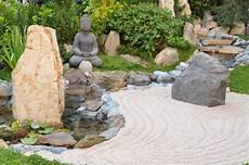 Kleiner Zen Garten - the top 5 benefits of a desktop zen garden
