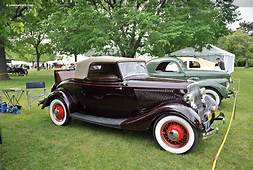 1934 Ford Model 40 DeLuxe Image