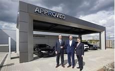 jaguar land rover er 246 ffnet erstes gebrauchtwagen center