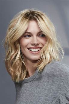 Coif Hairstyle